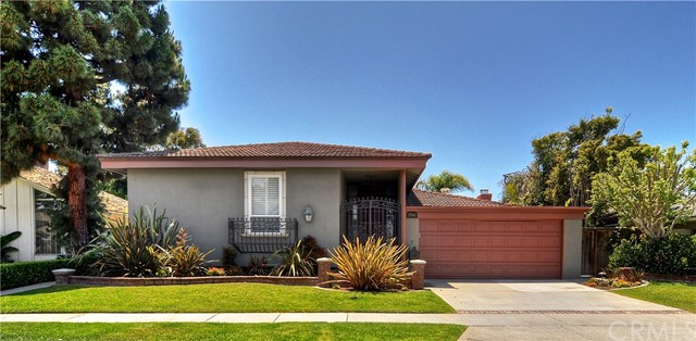 17041  Courtney Lane, Huntington Beach, California