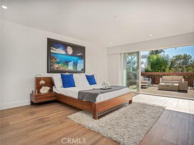 1053 Katella Street, Laguna Beach CA: http://media.crmls.org/medias/c5905a70-6061-4e54-bf74-40a58d94c7b0.jpg