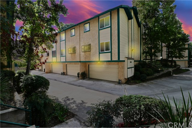 1612 S Mayflower Avenue Unit A Monrovia, CA 91016 - MLS #: IV18262000