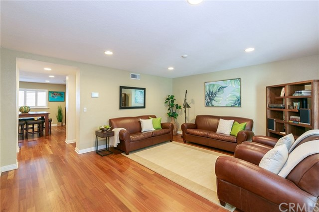 317 N Broadway, Redondo Beach in Los Angeles County, CA 90277 Home for Sale