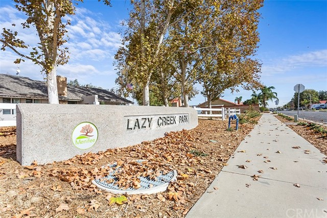 29604 Squaw Valley Drive, Menifee CA: http://media.crmls.org/medias/c5a88982-faf3-4721-93ea-ae6530d64093.jpg