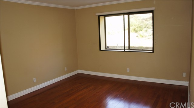 10331 Riverside Drive Unit 101 Toluca Lake, CA 91602 - MLS #: BB18063105