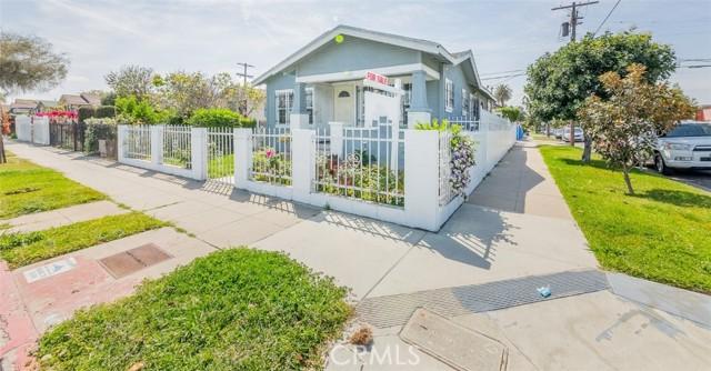 1048 W 66th Street  Los Angeles CA 90044