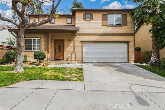 29145 Oak Creek Lane, Highland, CA 92346