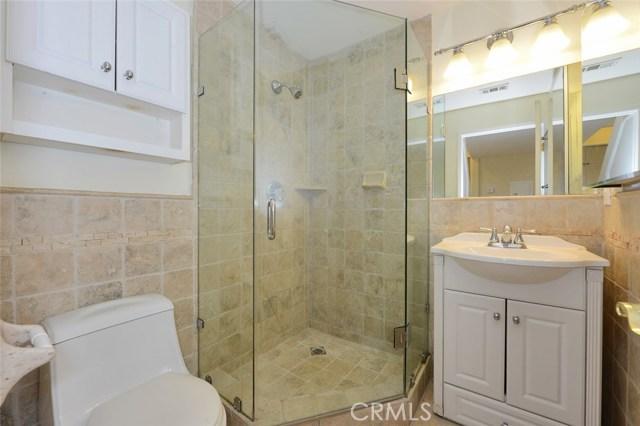 1050 N Maple Street Burbank, CA 91505 - MLS #: BB17111948