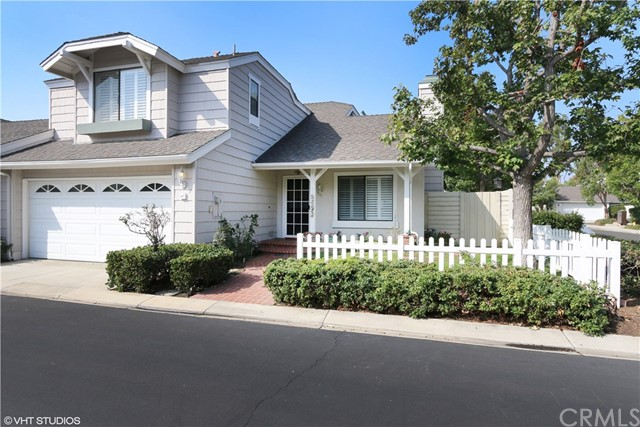 47 Summerfield , CA 92614 is listed for sale as MLS Listing OC18248989