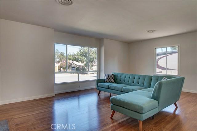 430 E Bixby Rd, Long Beach, CA 90807 Photo 1