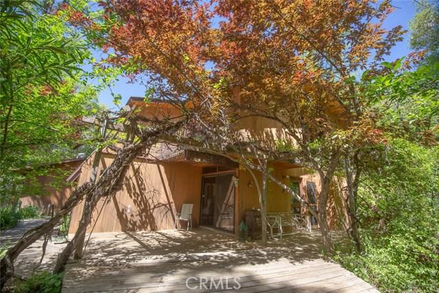 4040 Amelia Drive, Mariposa CA: http://media.crmls.org/medias/c5d7000d-1b48-4c33-9f99-902f45b6dc16.jpg