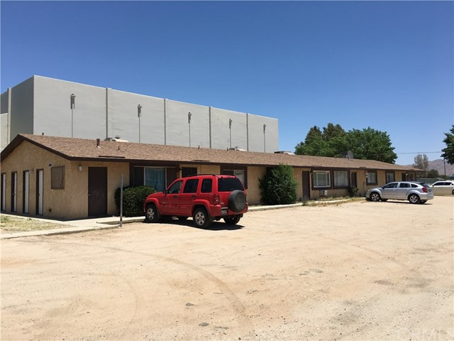13404 Navajo Road, Apple Valley, CA, 92308