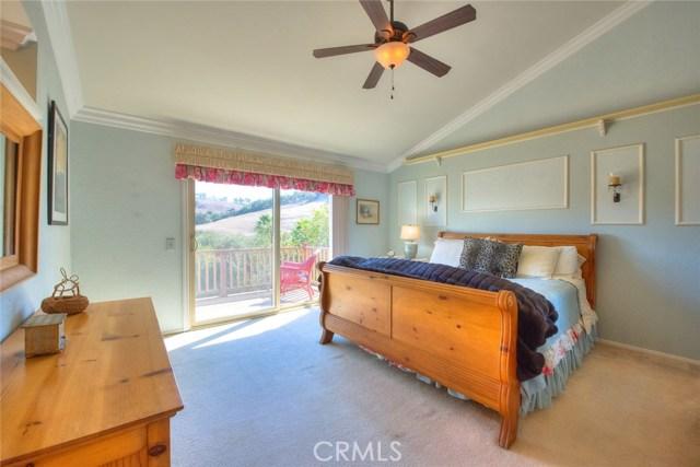 15471 Feldspar Drive, Chino Hills CA: http://media.crmls.org/medias/c5ded2a8-5b29-4363-94fc-f446f11a6242.jpg