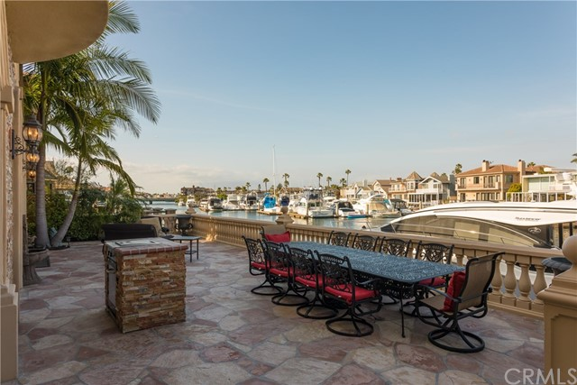 17022 Baruna Lane Huntington Beach, CA 92649 - MLS #: OC17113185