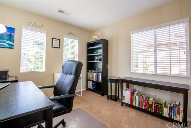 12960 Cobblestone Lane, Moreno Valley CA: http://media.crmls.org/medias/c5fe83df-16b3-49fb-820b-23dcc50cb9a4.jpg