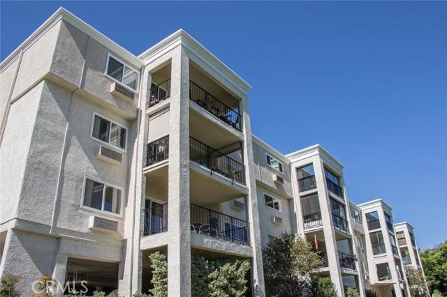 Condominium for Rent at 5518 Paseo Del Lago Laguna Woods, California 92637 United States