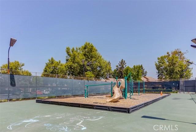 147 Lemon Grove, Irvine CA: http://media.crmls.org/medias/c61c5faf-6a5d-4f6e-bdca-1005f24c73b3.jpg