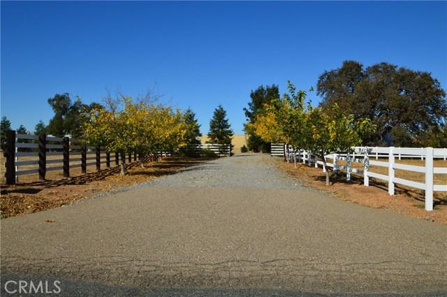 Casa Unifamiliar por un Venta en 18476 Paskenta Road Corning, California 96021 Estados Unidos