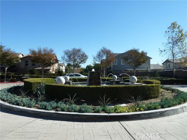 14460 runyon Drive, Eastvale CA: http://media.crmls.org/medias/c62802c9-d4a0-4e33-bf5c-8bfe769b409a.jpg