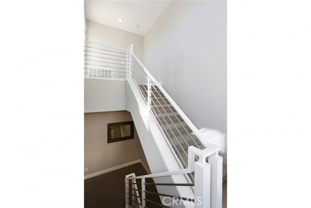 709 Bridewell Street, Highland Park CA: http://media.crmls.org/medias/c62c1c51-dbc6-4672-adf3-96ab56cf574e.jpg