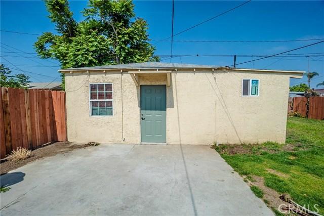 1719 N Mcdivitt Avenue, Compton CA: http://media.crmls.org/medias/c62d0dd2-7cb9-41f6-bced-28d13a050059.jpg
