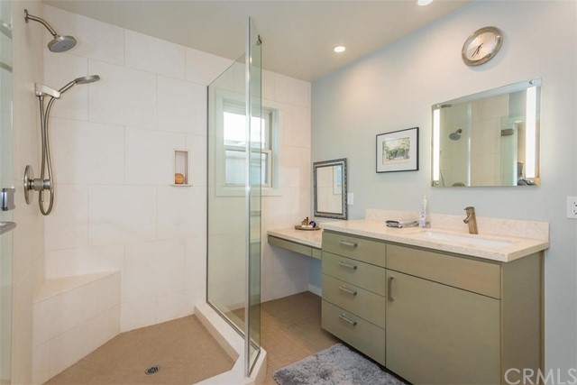 Additional photo for property listing at 548 Hill Street 548 Hill Street San Luis Obispo, Калифорния,93405 Соединенные Штаты