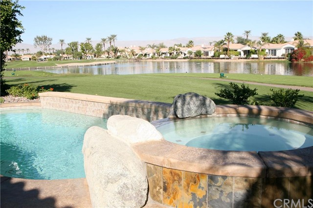 50660 Cypress Point Drive La Quinta, CA 92253 is listed for sale as MLS Listing LG16094708