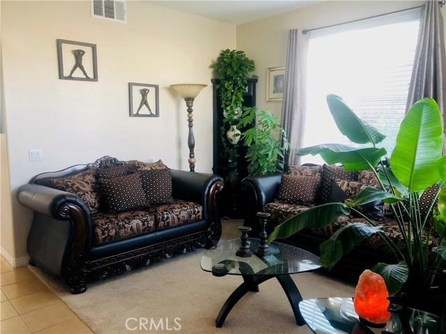 地址: 8288 Pecan Avenue, Rancho Cucamonga, CA 91739