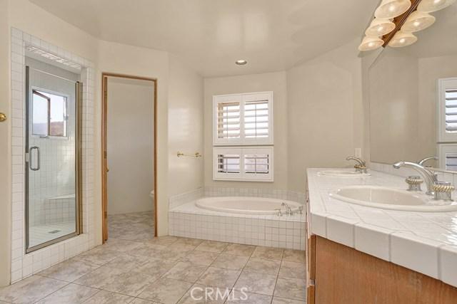 27451 Connemara Drive, San Juan Capistrano CA: http://media.crmls.org/medias/c668e1a5-2857-4cc0-a689-28568dfe18eb.jpg