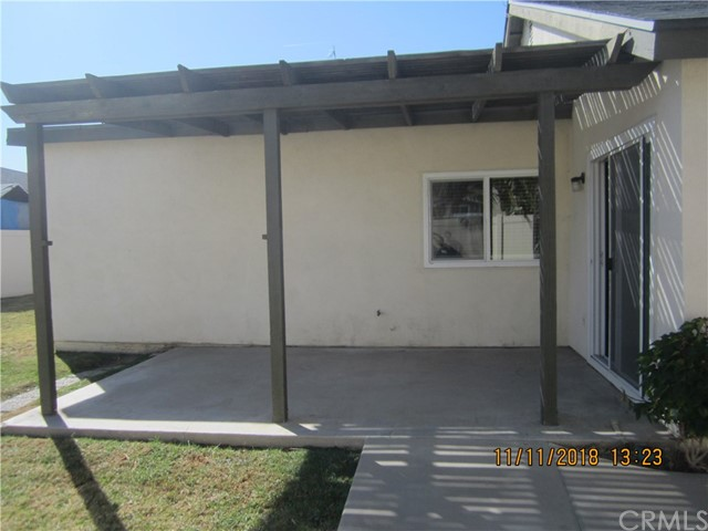 11212 Greenhurst Drive, Riverside CA: http://media.crmls.org/medias/c673296b-5c0d-4911-9bcb-e4212cf8beab.jpg