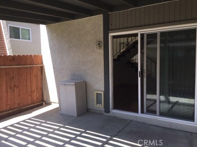 6200 Avenue Juan Diaz, Riverside CA: http://media.crmls.org/medias/c673997e-7824-42fc-b072-53e560e70b49.jpg