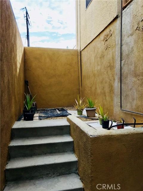 503 N 3rd Street, Alhambra CA: http://media.crmls.org/medias/c67e9731-836d-482c-85d6-b44be92e0236.jpg