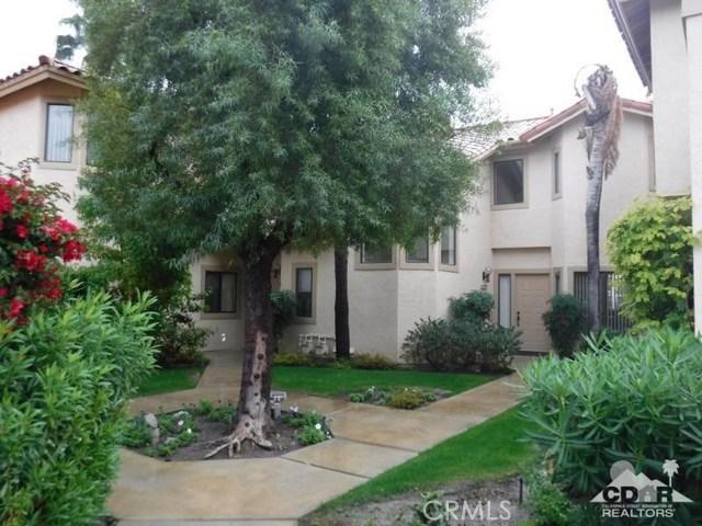 54493 Tanglewood, La Quinta CA: http://media.crmls.org/medias/c6817a26-a53d-4e4f-b3bd-6294854fa473.jpg