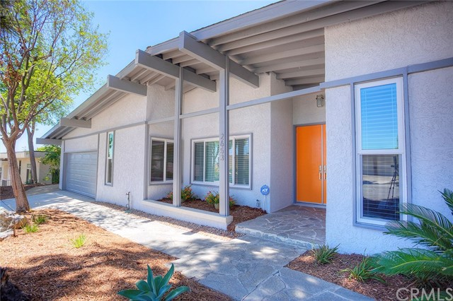 2653 N Mountain Avenue Claremont, CA 91711 is listed for sale as MLS Listing CV17158397