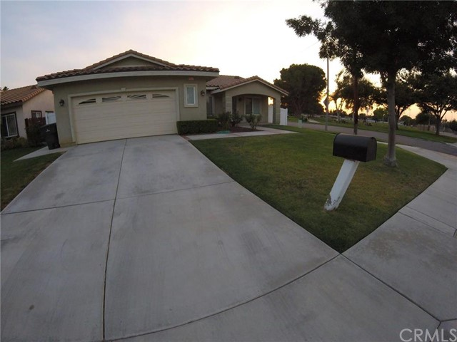 8962 Garfield, Riverside CA 92503