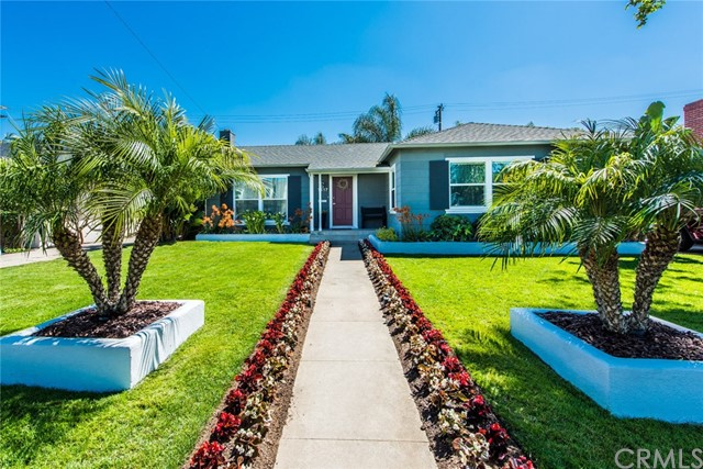 Single Family Home for Sale at 1417 Towner Street N Santa Ana, California 92706 United States
