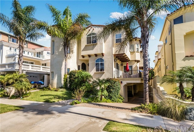 1208 S Catalina Avenue, Redondo Beach, California