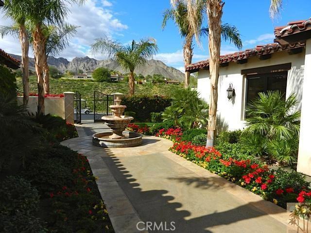 79281 Tom Fazio Lane, La Quinta CA: http://media.crmls.org/medias/c6b07a57-a697-4ad6-9723-e46cf4196668.jpg