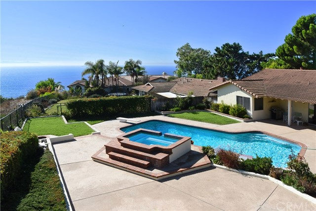 3570 Heroic Drive, Rancho Palos Verdes, California 90275, 3 Bedrooms Bedrooms, ,1 BathroomBathrooms,Single family residence,For Sale,Heroic Drive,PV19265584