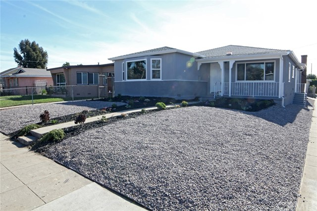 1794 W 37th Place , CA 90018 is listed for sale as MLS Listing PW18061006