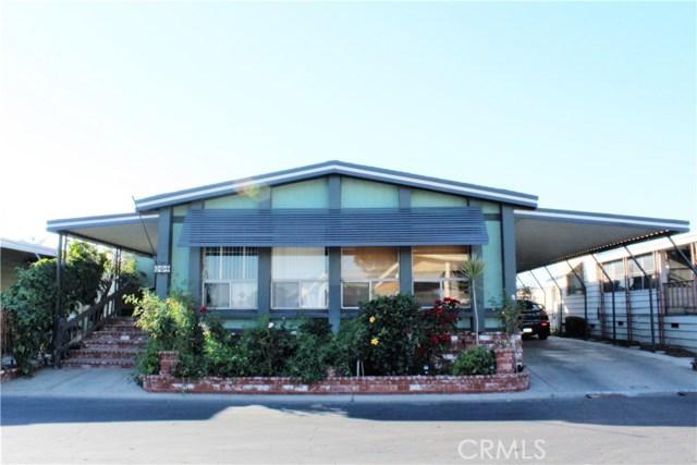 3595 SANTA FE #264, Long Beach CA: http://media.crmls.org/medias/c6ee9723-7c8a-4260-85c6-d16be06ac218.jpg