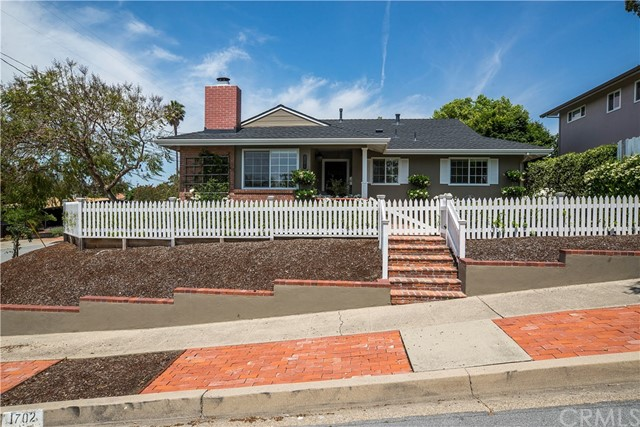 1702 Viewmont Street, San Luis Obispo, CA 93401
