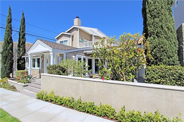 Single Family Home for Rent at 3320 Seaview Avenue Corona Del Mar, California 92625 United States