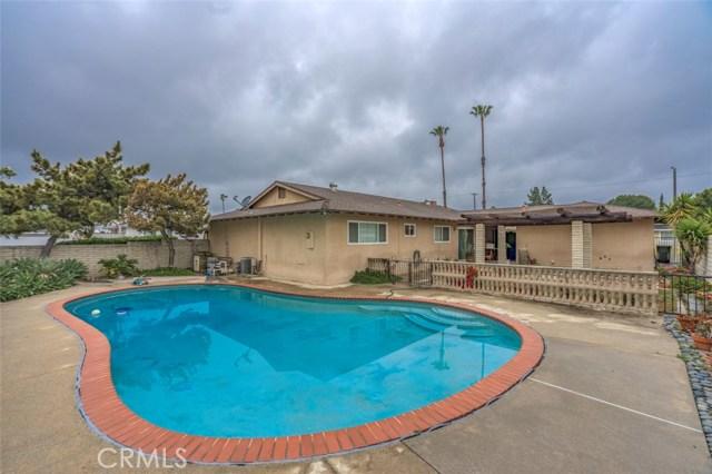 7533 Leucite Avenue, Rancho Cucamonga CA: http://media.crmls.org/medias/c701fc3a-5e41-46c0-b157-49b27d064fbf.jpg
