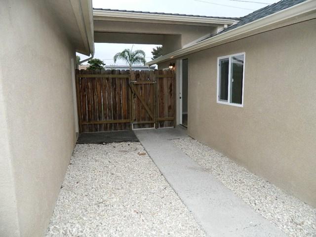 679 S Trouville Avenue, Grover Beach CA: http://media.crmls.org/medias/c70adf30-5405-4eeb-b60c-a332a8bc7d0a.jpg