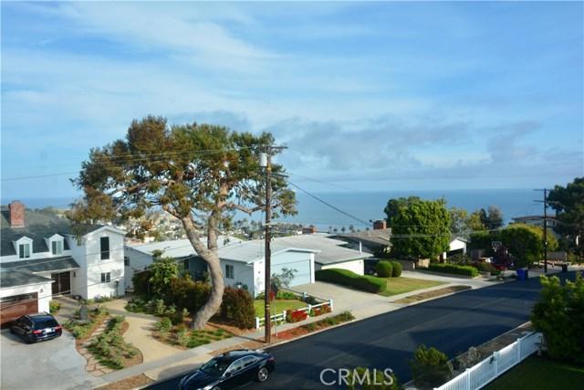 3405 S Patton Avenue, San Pedro CA: http://media.crmls.org/medias/c7127002-3eca-44d3-be01-d611dd2d74d6.jpg