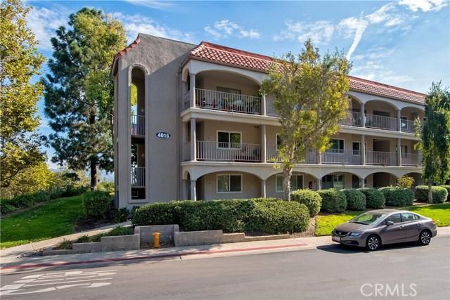 4015 Calle Sonora Oeste, Laguna Woods CA: http://media.crmls.org/medias/c73634cb-b8e0-4f22-95b8-a692443a8a25.jpg