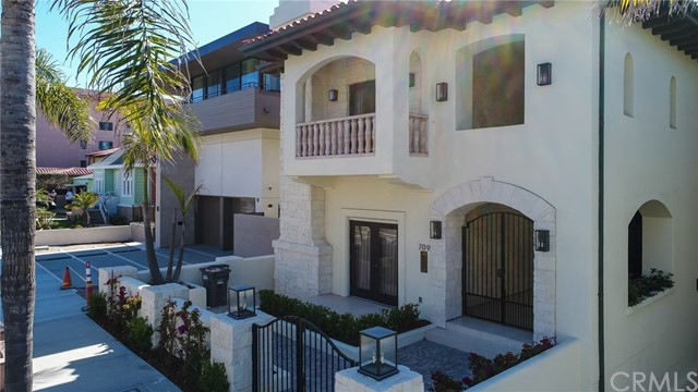 709 ESPLANADE, REDONDO BEACH, CA 90277  Photo 3