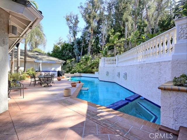 Photo of 141 S Peralta Hills Drive, Anaheim Hills, CA 92807