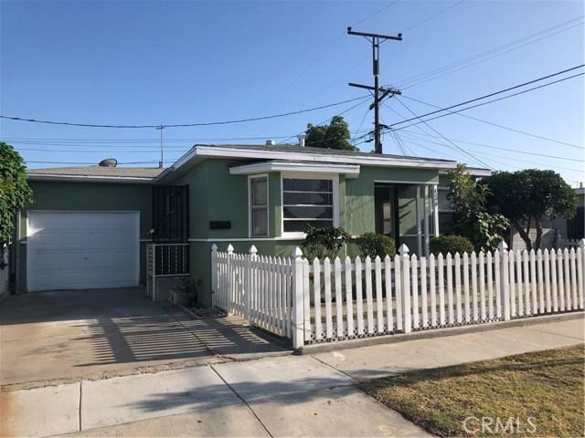 8218 Adams Street, Paramount CA: http://media.crmls.org/medias/c7657e13-9e4f-4172-a0c4-4746d3b29d91.jpg