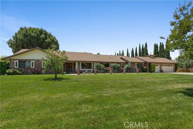 4541 Mustang Road, Chino CA: http://media.crmls.org/medias/c765f6f7-5845-4da3-9db7-165fd37e274c.jpg