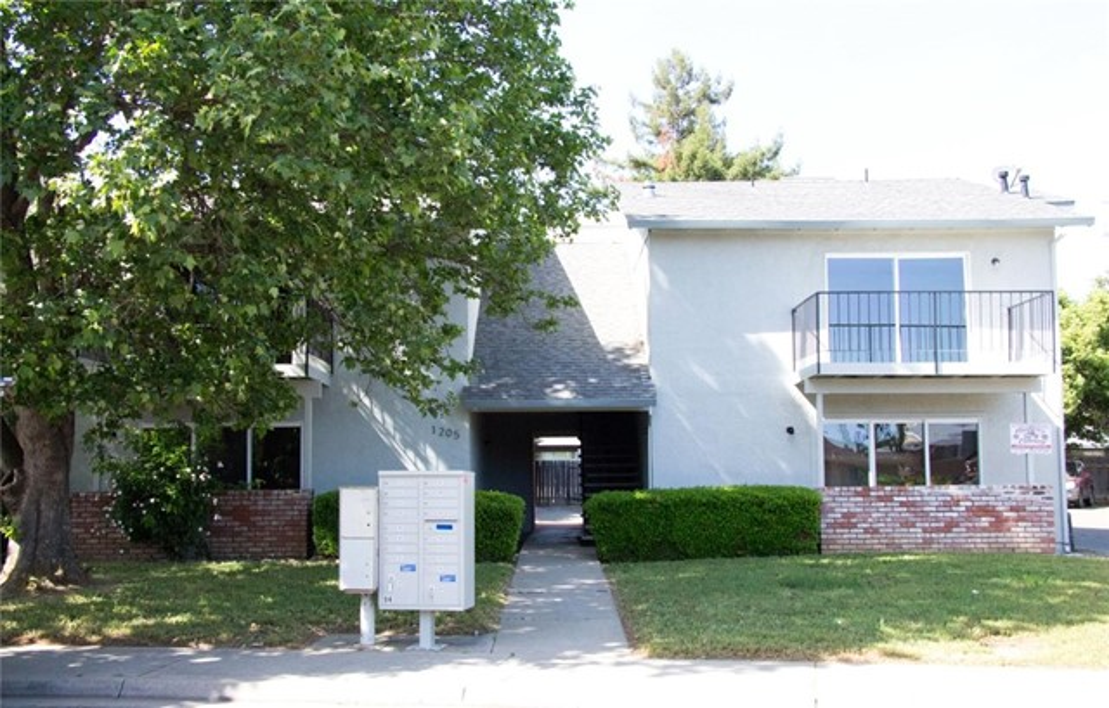 1205 Melton Drive, Yuba City, CA 95991