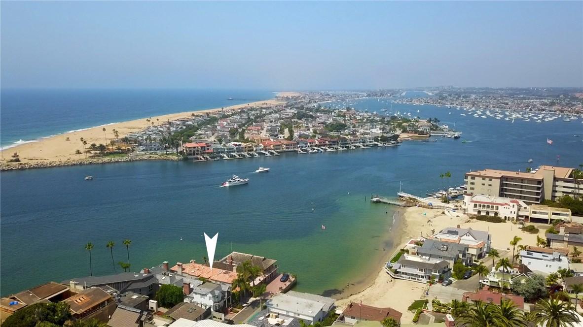 2717 Shell Street, Corona del Mar CA: http://media.crmls.org/medias/c7856938-f371-49ce-834b-2e09d2889158.jpg